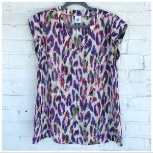 CAbi 5027 Plume Feather Print Top